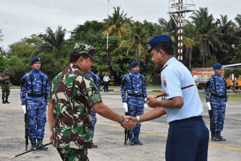 Danlanud Rsn Sambut Kedatangan Panglima TNI dan Kapolri