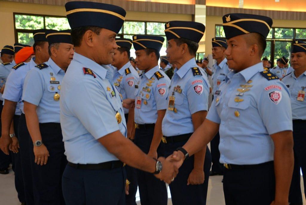 Pangkoopsau I Pimpin Upacara Kenaikan Pangkat Periode 1 April 2018
