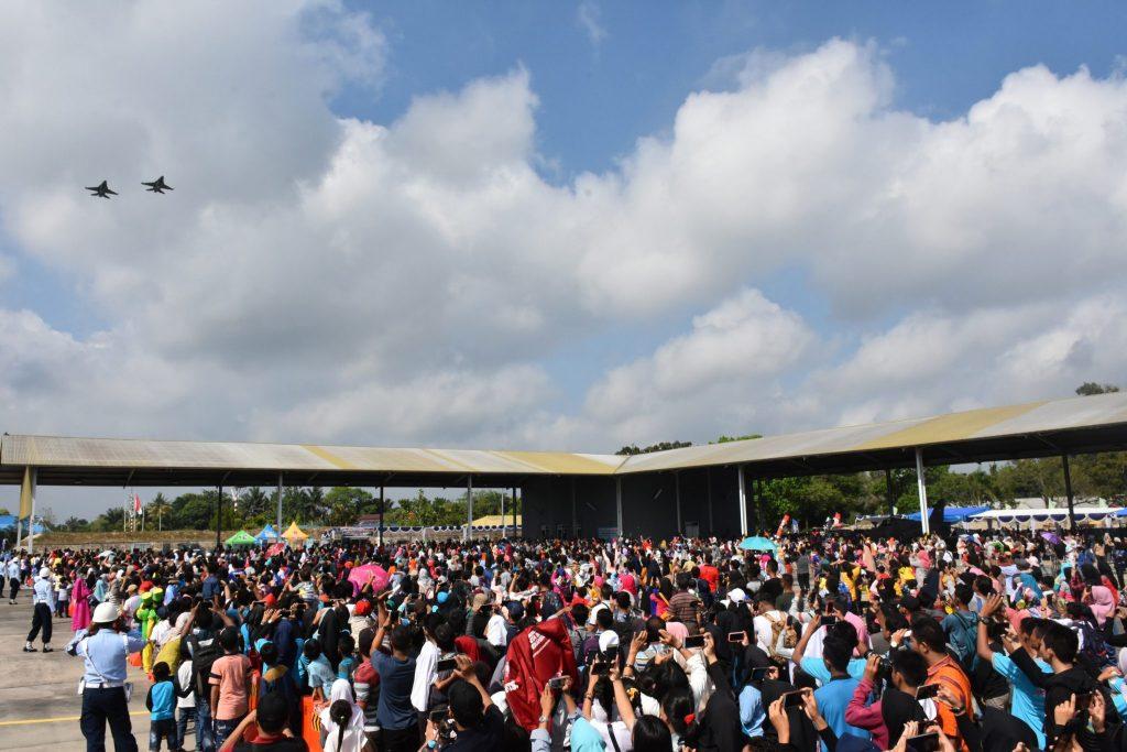Gelar Riau Dirgantara Expo, Lanud Rsn Dipadati Ribuan Warga