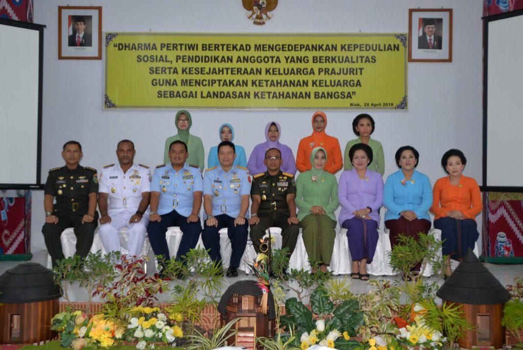 Puncak Peringatan HUT Dharma Pertiwi ke 54 tahun 2018 di Biak