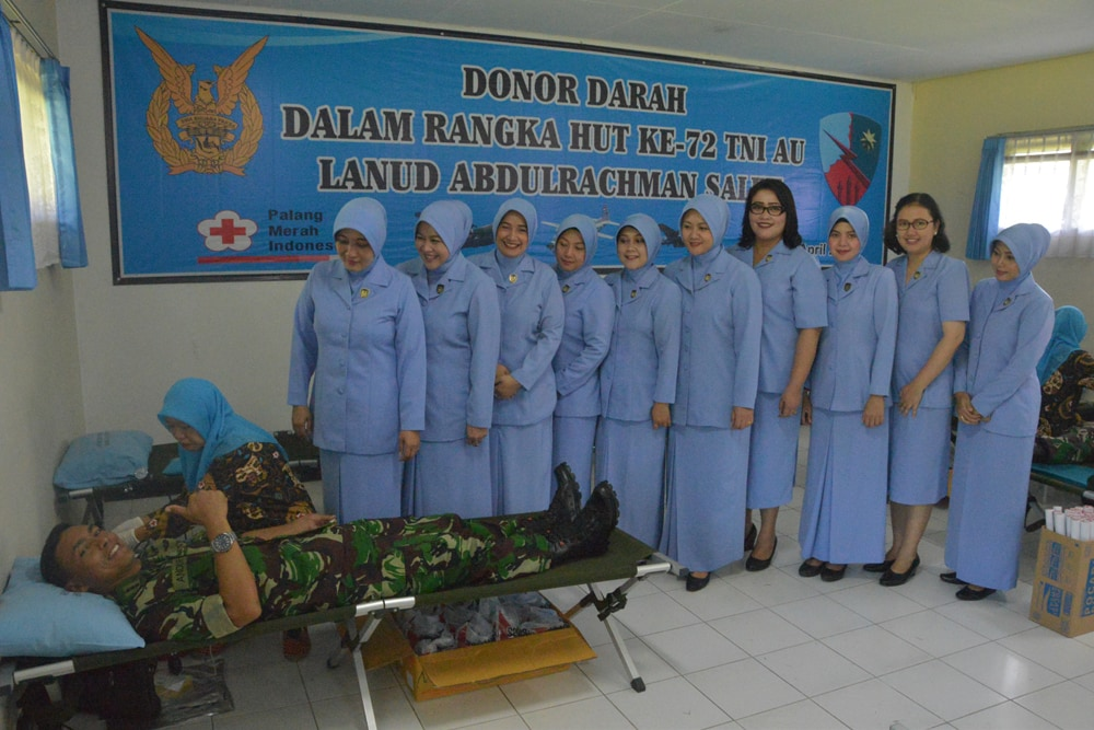 LANUD ABD SALEH GELAR DONOR DARAH DALAM RANGKA HUT TNI AU KE 72