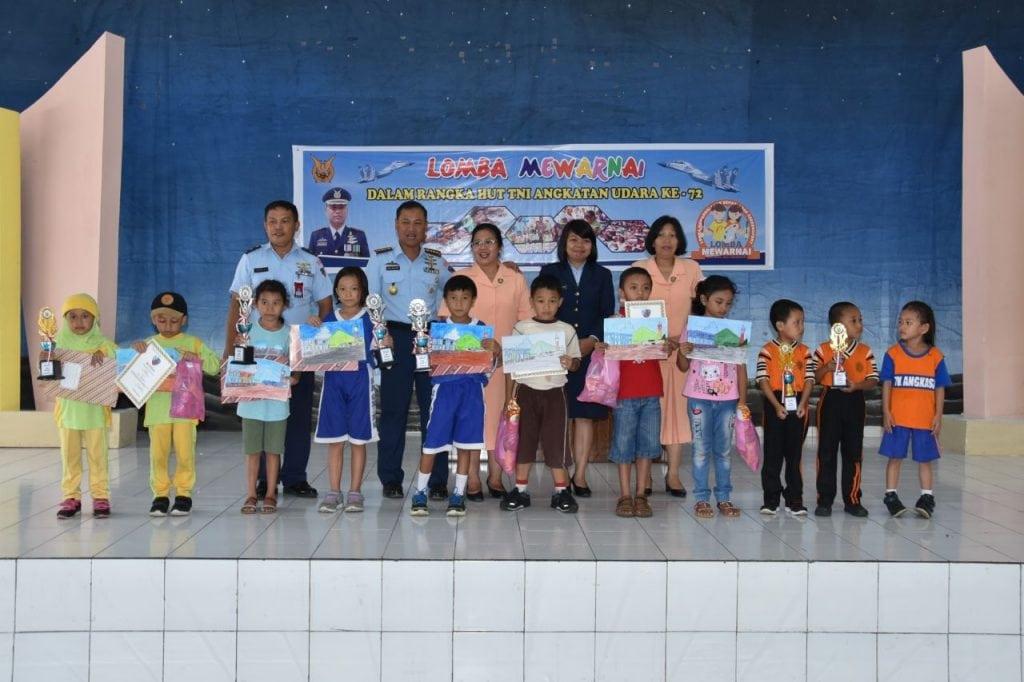 Lomba Mewarnai Dalam Rangka Hut TNI AU Ke 72 Di Lanud Sam Ratulangi Manado