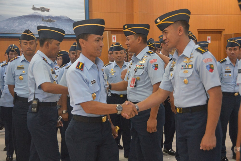 Kadispers Sandang Pangkat Kolonel, 96 Anggota Naik Pangkat