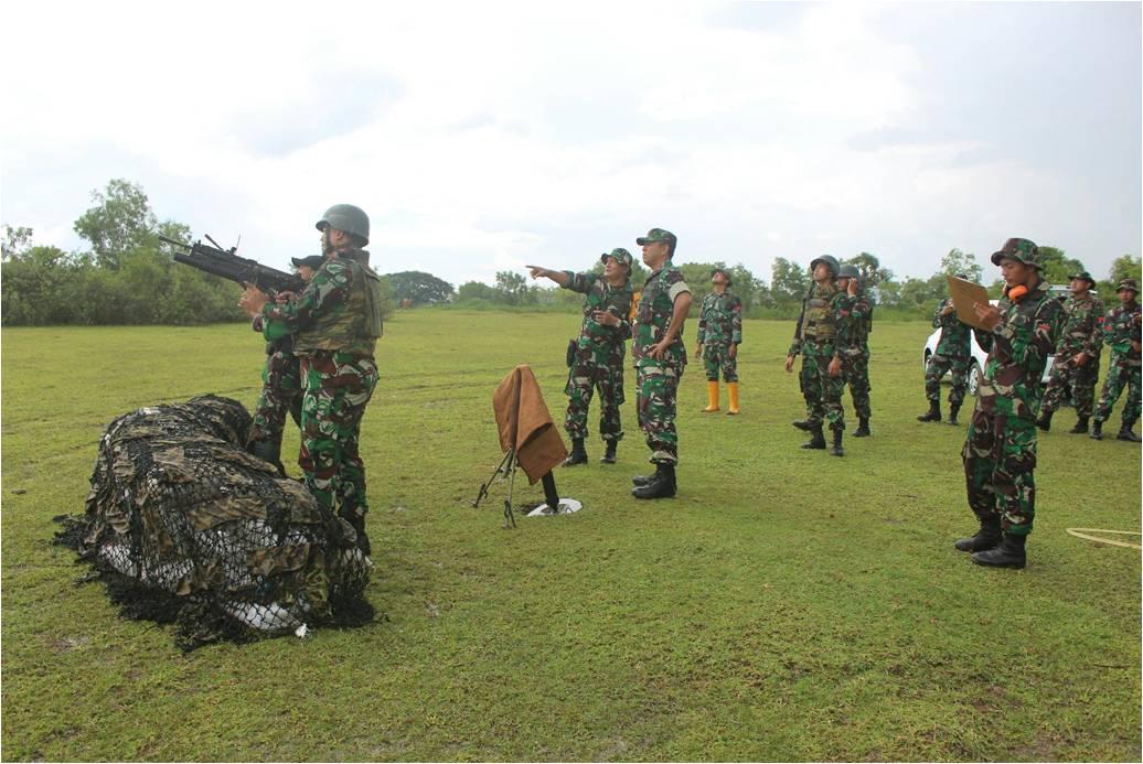 Yonko 466 Paskhas Latihan Senjata Bantuan Lintas Datar dan Lengkung