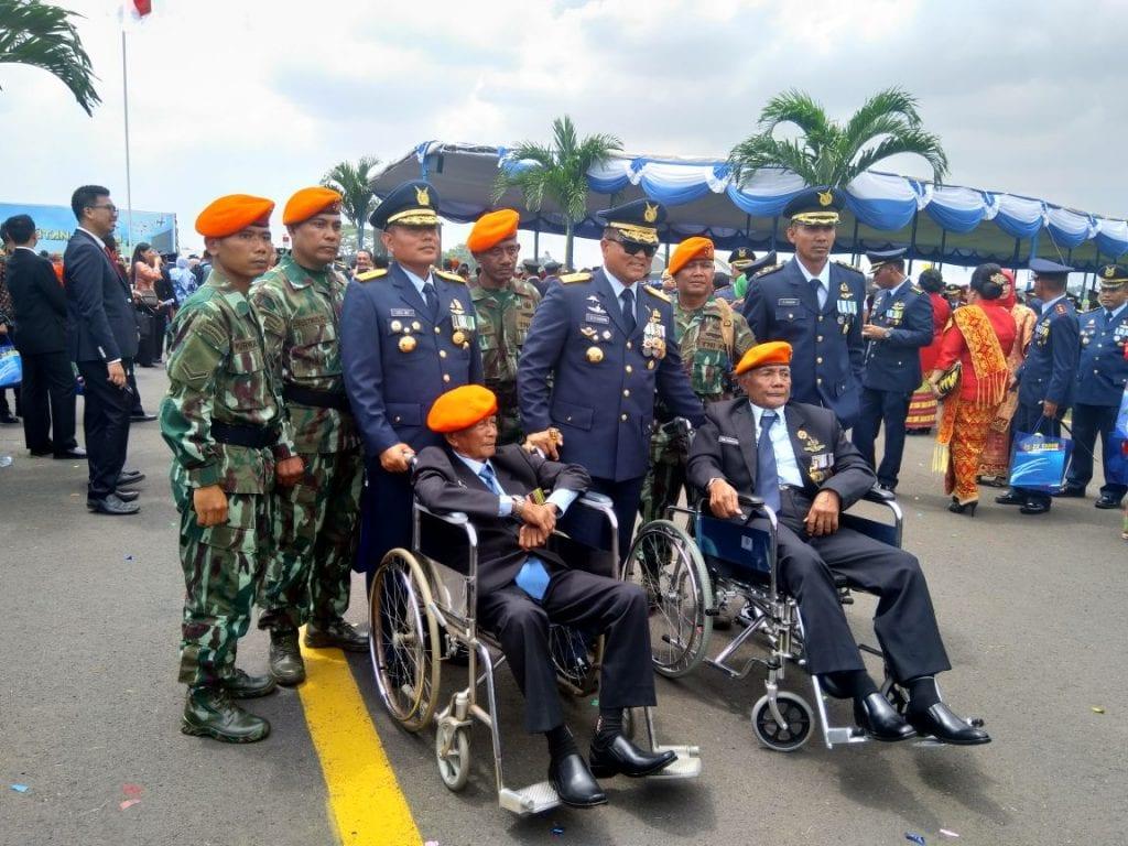 Pelaku Sejarah PGT Ikuti Upacara HUT ke-72 TNI AU