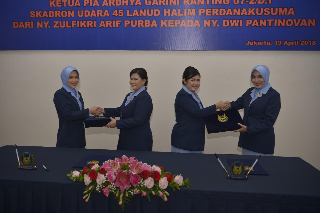 Serah Terima Ketua PIA AG Ranting 03-2/D I dan PIA AG Ranting 07-2/D I Lanud Halim Perdanakusuma