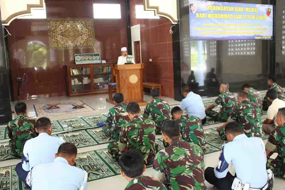 Peringatan Isra' Mi'raj di Lanud Jayapura