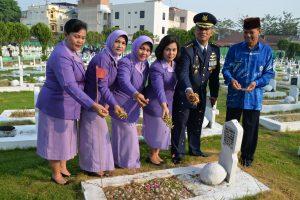 Ziarah di TMP Bukit Barisan Medan Dalam Rangka Peringatan HUT ke-72 TNI AU