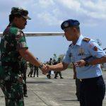 danlanud_sambut_kedatangan_panglima_TNI