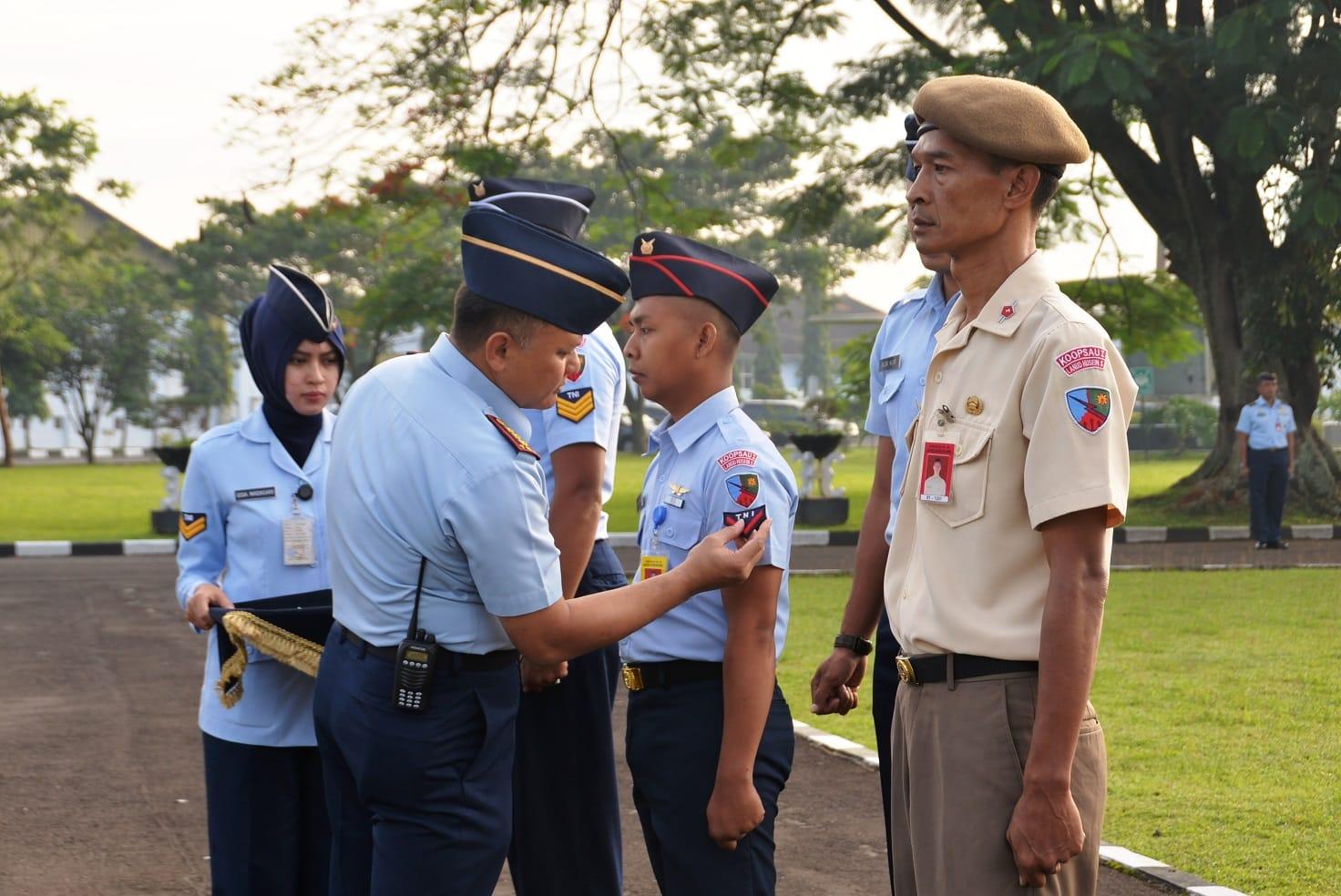 21 Personel Lanud Husein Sastranegara Naik Pangkat