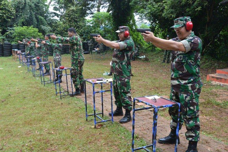 Wadankodiklatau : Prajurit Harus Mahir Dalam Menggunakan Senjata