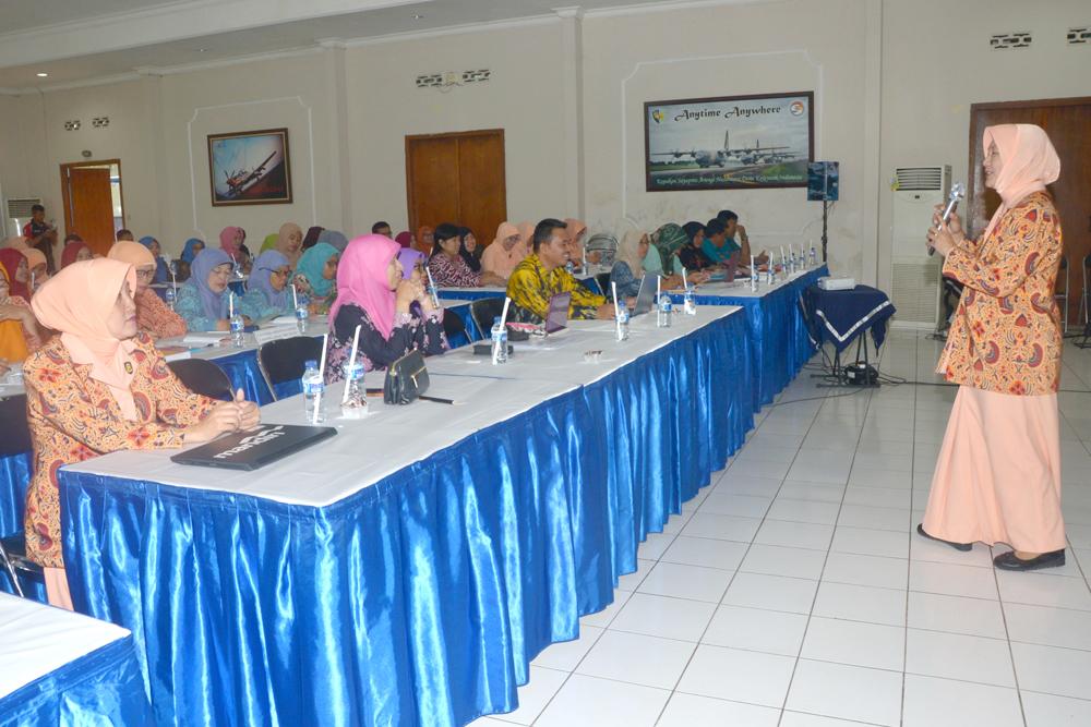 Team Yasarini Pusat Kunjungi Sekolah TK Hingga SMK Angkasa Lanud Abd Saleh