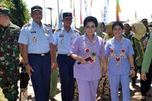 Komandan Lanud Sjamsudin Noor Dampingi Panglima TNI dan Pangkoopsau II Hadiri Acara Pencanangan TMKK dan Hari Jadi Kab. HSU ke-66 Prov Kalsel