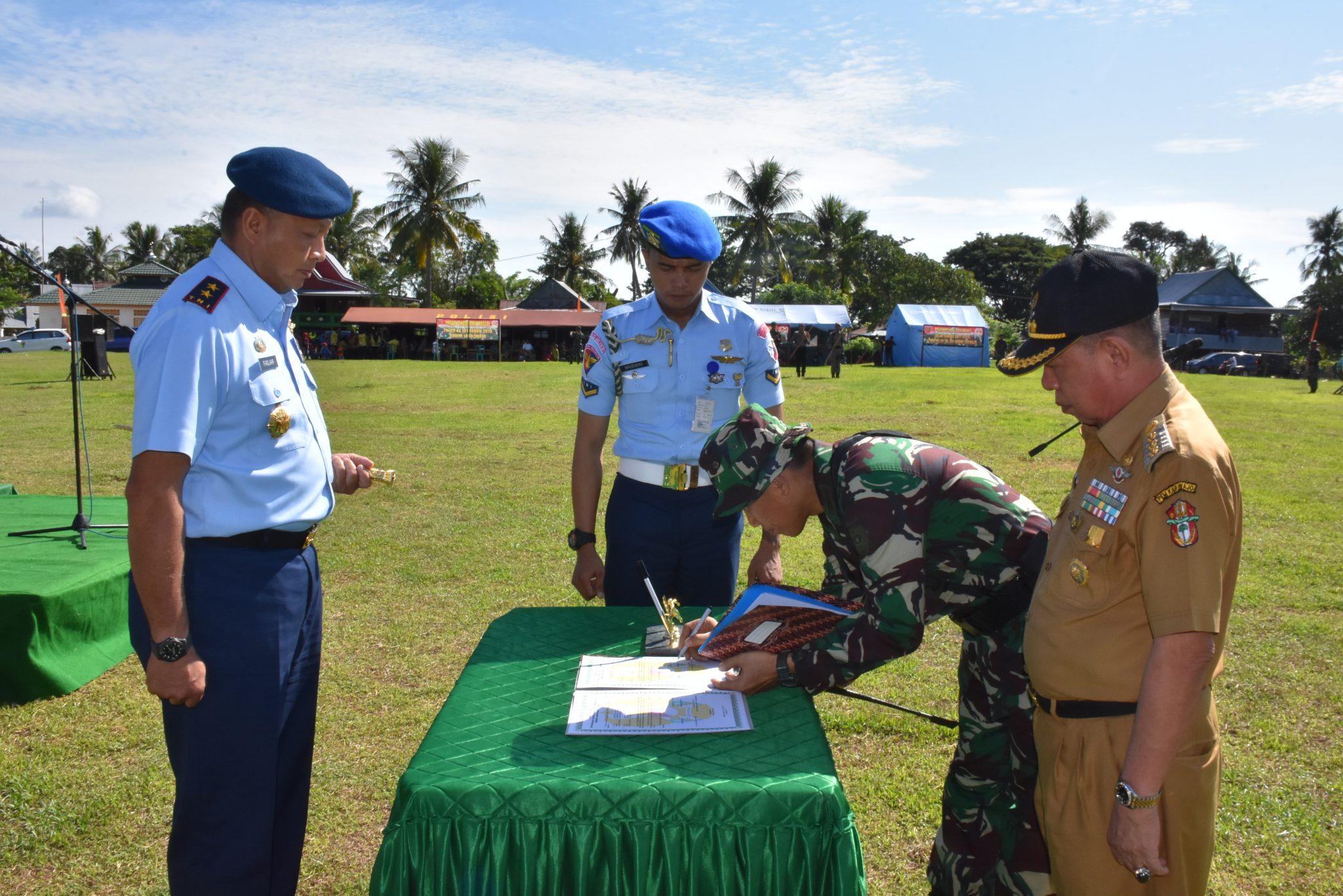 Pangkoopsau II Tutup TMMD Ke-101 di Kabupaten Wajo Sulsel