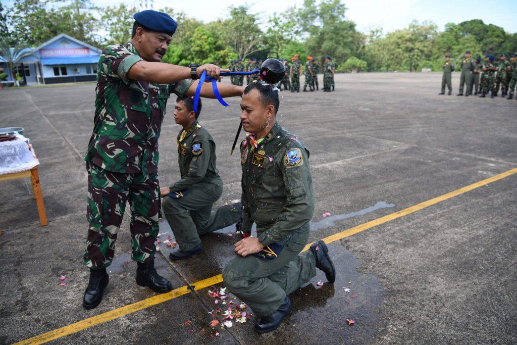 Kaptensi Penerbang Skadron Udara 5