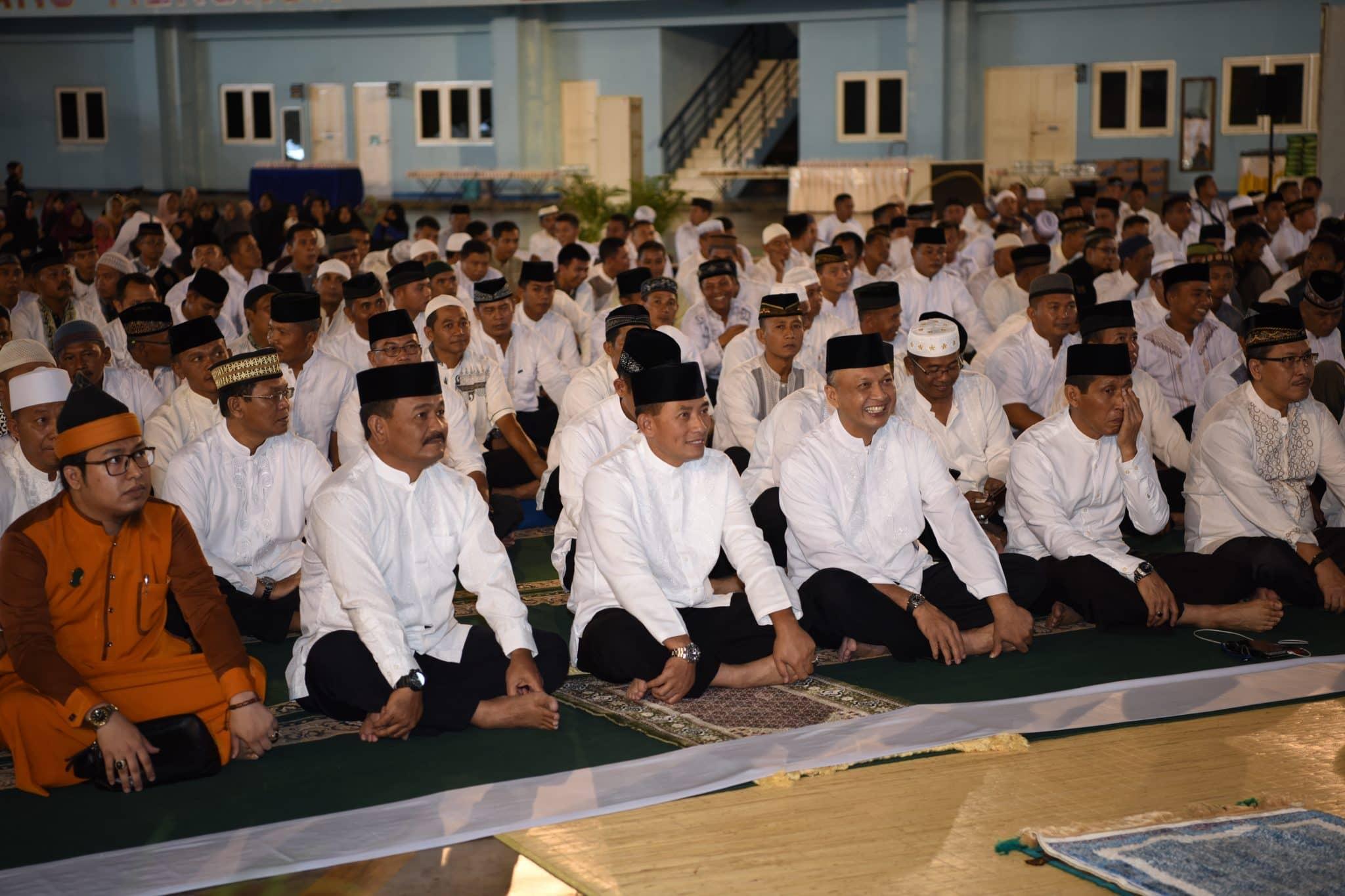 Kasau Buka Puasa Bersama Ratusan Anak Yatim Di Lanud Sultan Hasanuddin