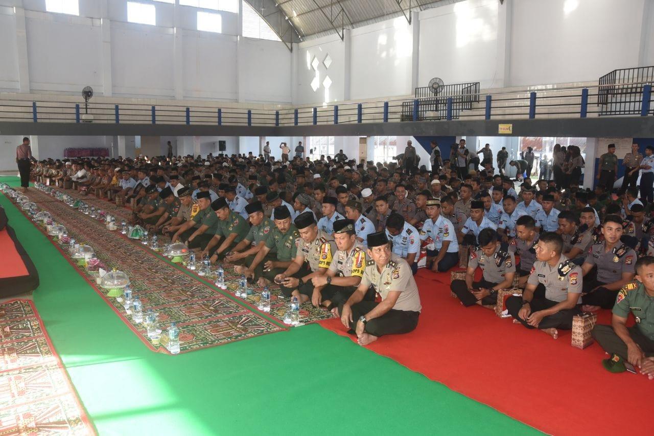Tingkatkan soliditas TNI-Polri Se-Sultra gelar buka Puasa Bersama