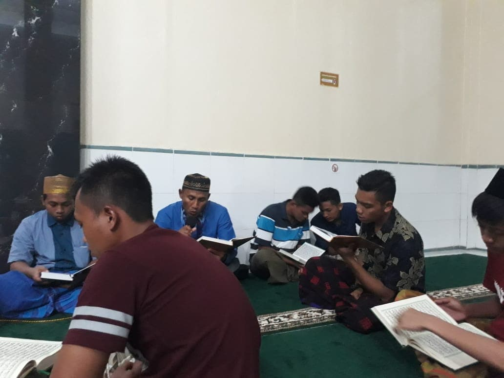 Syukuran Khatam Al Qur'an Lanud Haluoleo