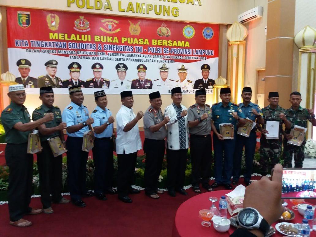 Buka Puasa Bersama Tingkatkan Soliditas TNI- Polri