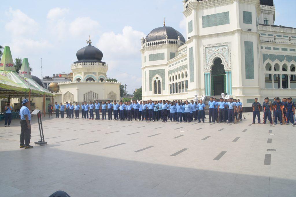 Kosekhanudnas III Jelang Ramadhan Adakan Jumat Bersih di Masjid Raya Al-Mahsun