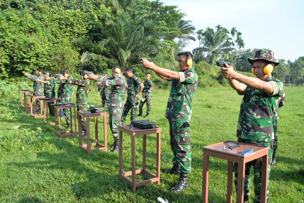 Prajurit Kosekhanudnas III Latihan Menembak Semester I Tahun 2018