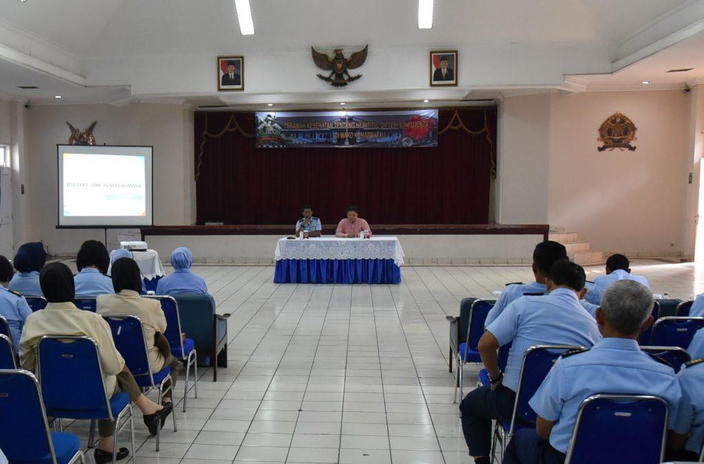 Pelaksanaan Ceramah Kesehatan tentang Penyakit Hepatitis, Difteri, dan Influenza