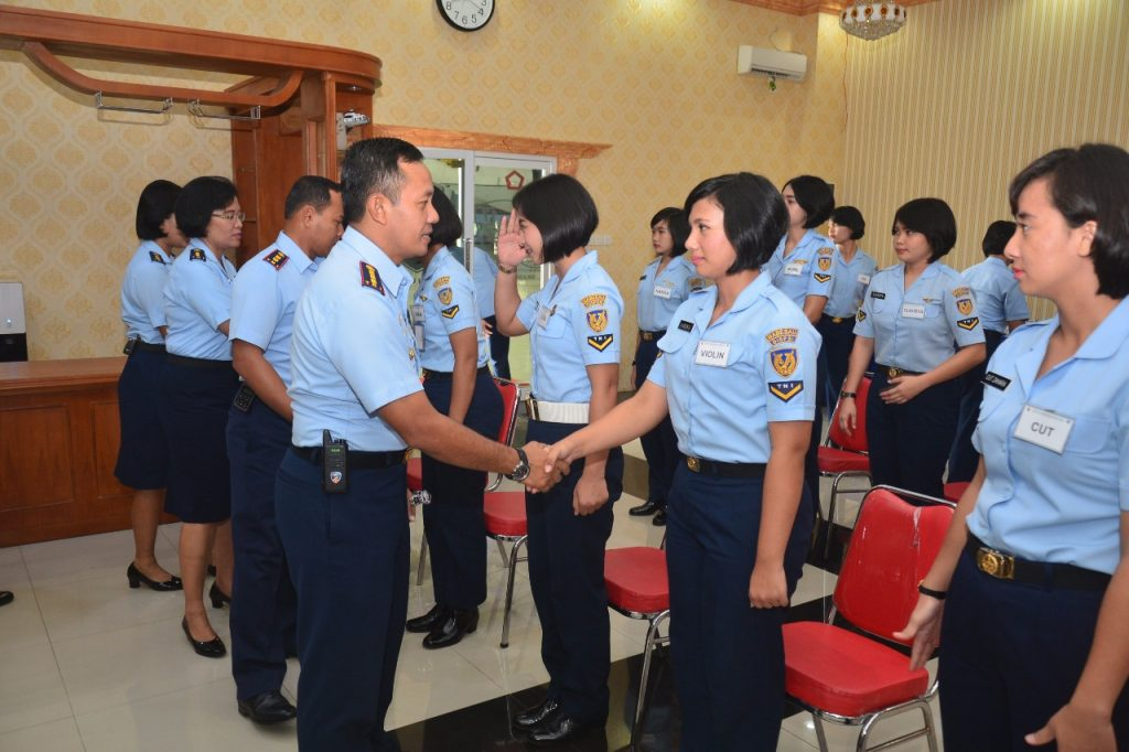 15 Wara Ikuti Standarisasi Pramugari TNI AU Tahun 2018
