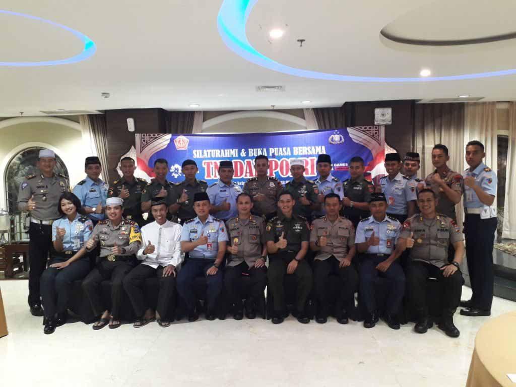 Silaturahmi dan Buka Puasa Bersama TNI - Polri di Banjarbaru