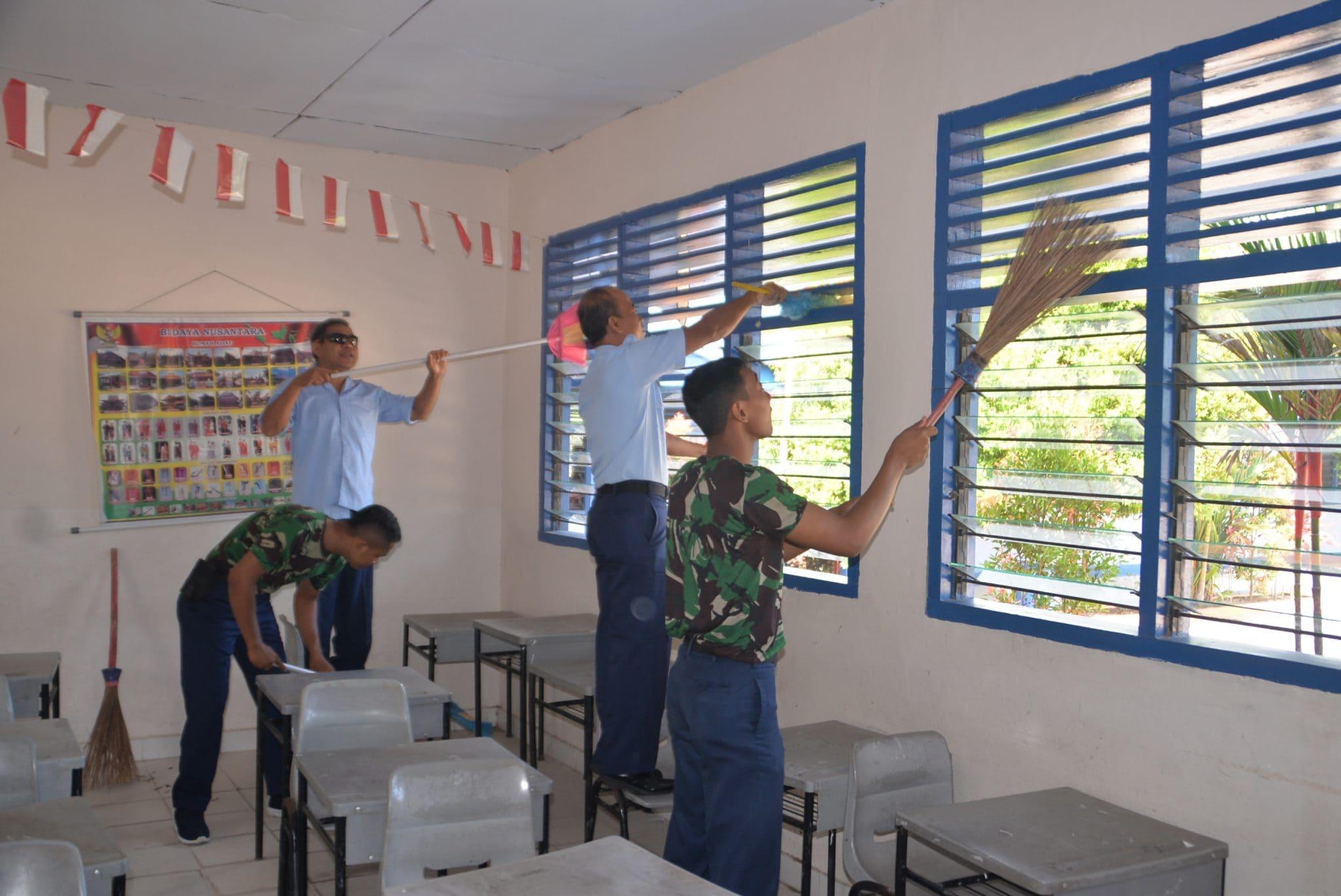 Personel Lanud Rsn Lanjutkan Bersih-Bersih Sekolah Angkasa