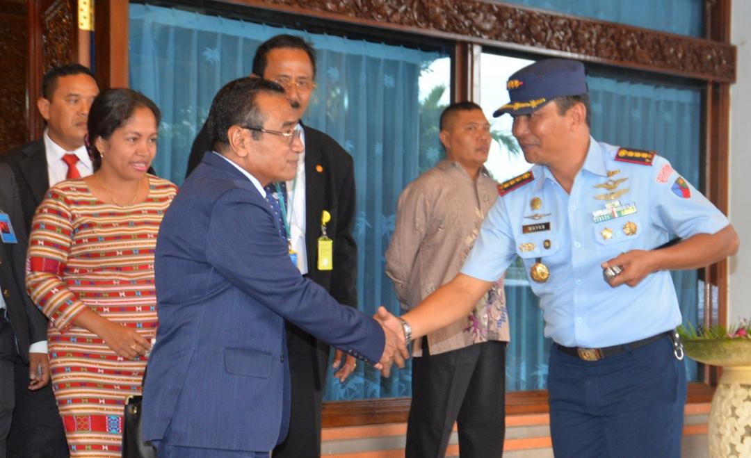 Komandan Lanud Ngurah Rai Sambut Presiden RDTL