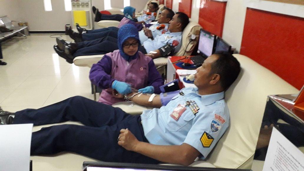 Sebanyak 55 Aanggota Lanud Abd Saleh Ikut Donor Darah