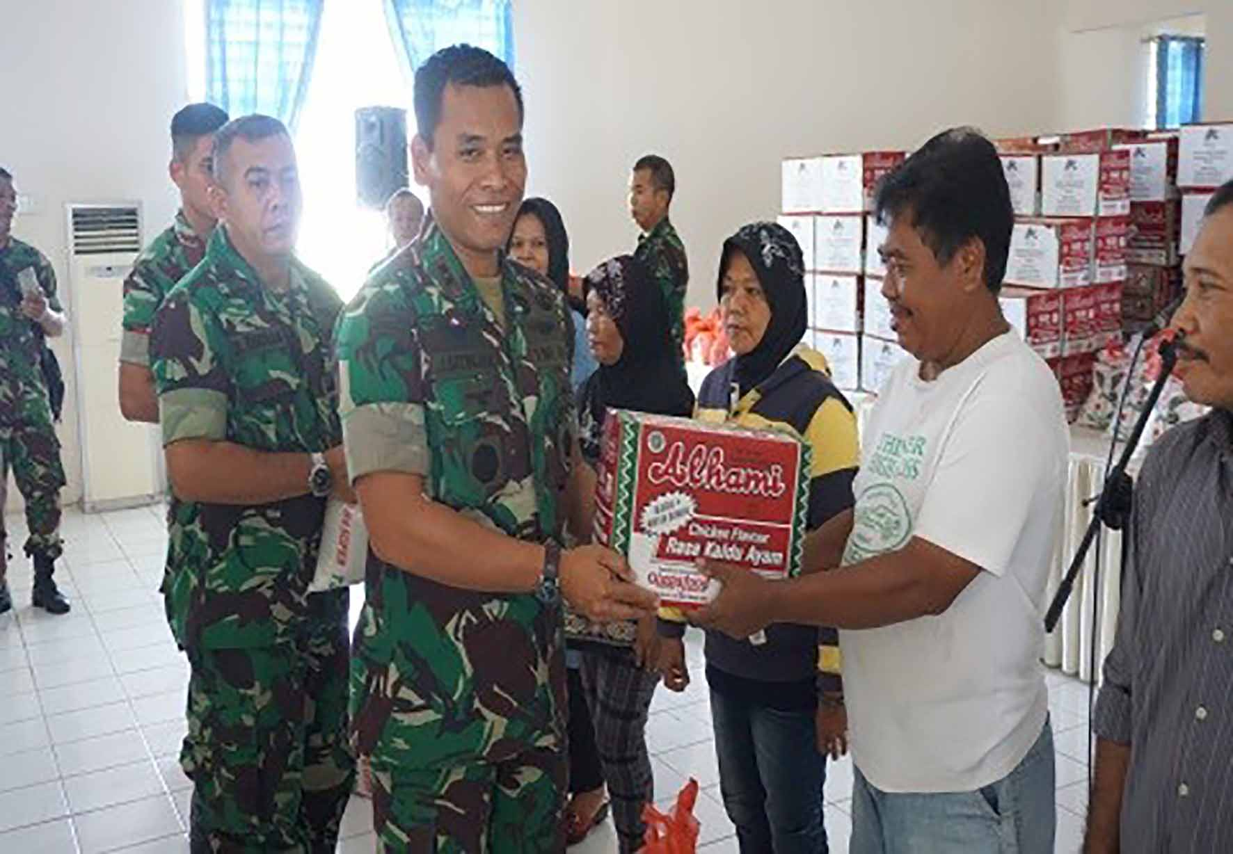 Yonko 469 Paskhas Ikuti Baksos dan Donor Darah Hari Bakti TNI AU Ke-71