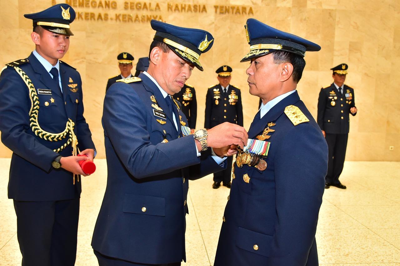 7 Pati TNI AU Terima Bintang Swa Bhuwana Paksa Pratama