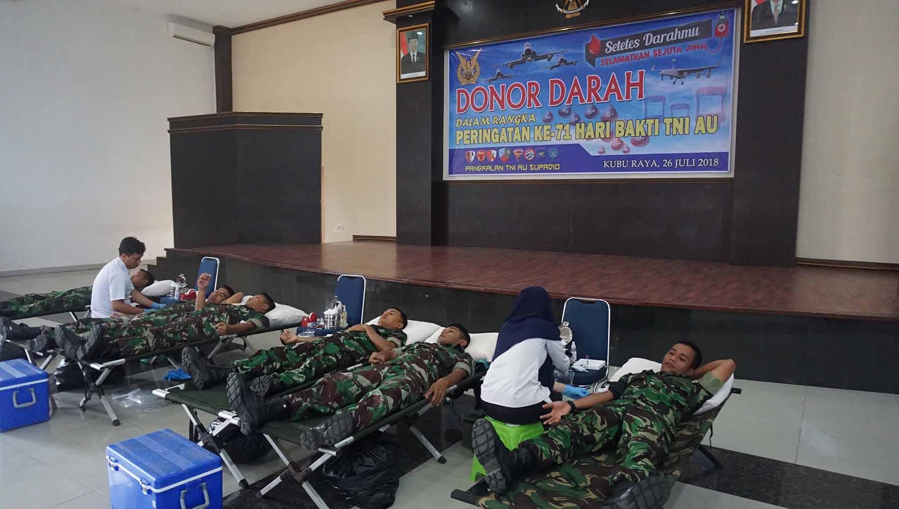 Yonko 465 Paskhas Donor Darah Memperingati Hari Bakti TNI AU Ke-71