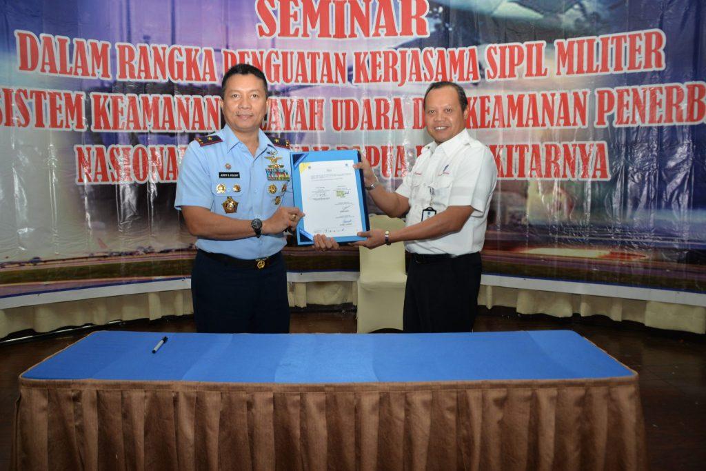 Kosekhanudnas IV dan Airnav cabang Madya Sentani selenggarakan Seminar Nasional Pengelolaan Sistem Keamanan wlayah Udara dan Penerbangan Nasional