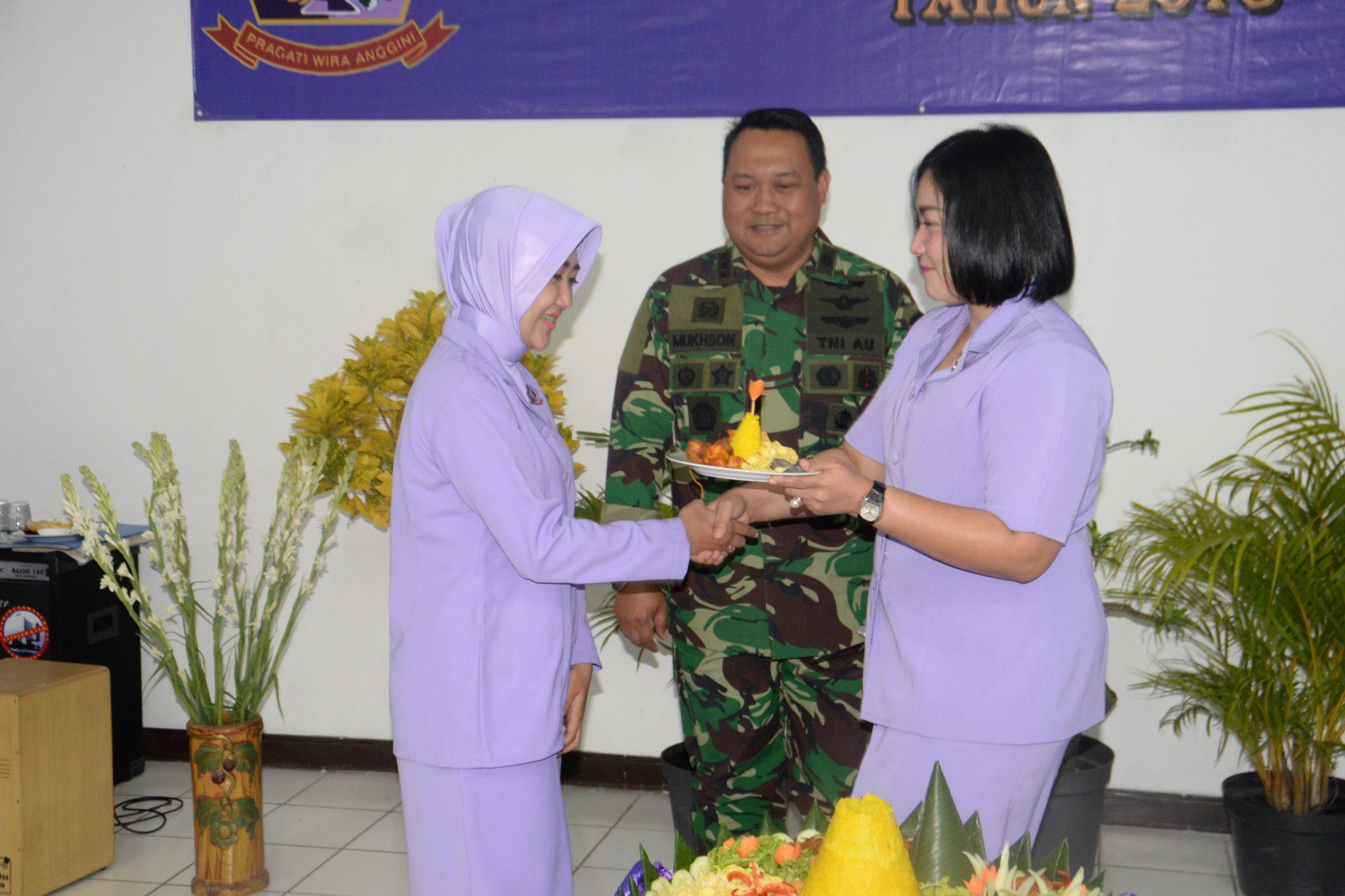 Syukuran Hut Ke -52 IKKT PWA Di Pusdiklathanudnas Surabaya