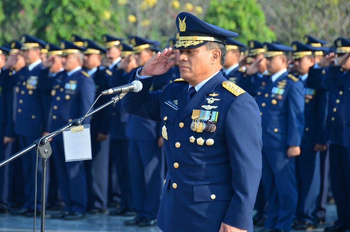 Peringati Hari Bakti TNI AU, Wakasau Pimpin Ziarah di Taman Makam Pahlawan Kalibata