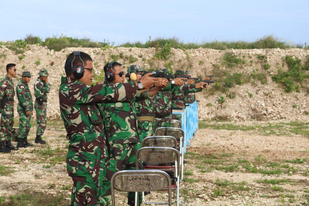 Lat MenembakTW.II TA 2018 Lanud D. Dumatubun
