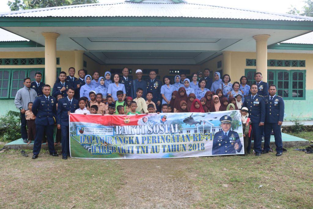 Bakti Sosial Dalam Rangka Hari Bakti TNI AU Ke 71 Lanud D. Dumatubun
