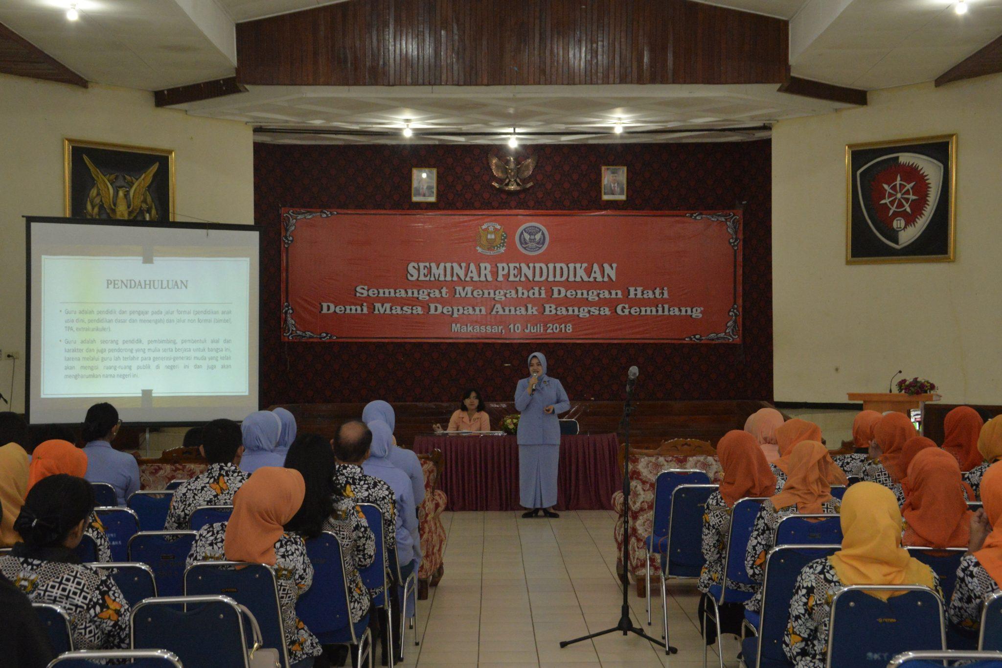 Yasarini Lanud Sultan Hasanuddin Selenggarakan Seminar Pendidikan