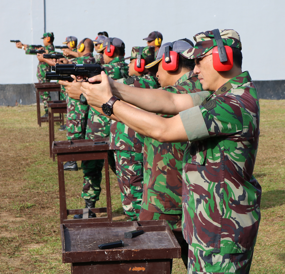 Prajurit Kosekhanudnas II Latihan Menembak