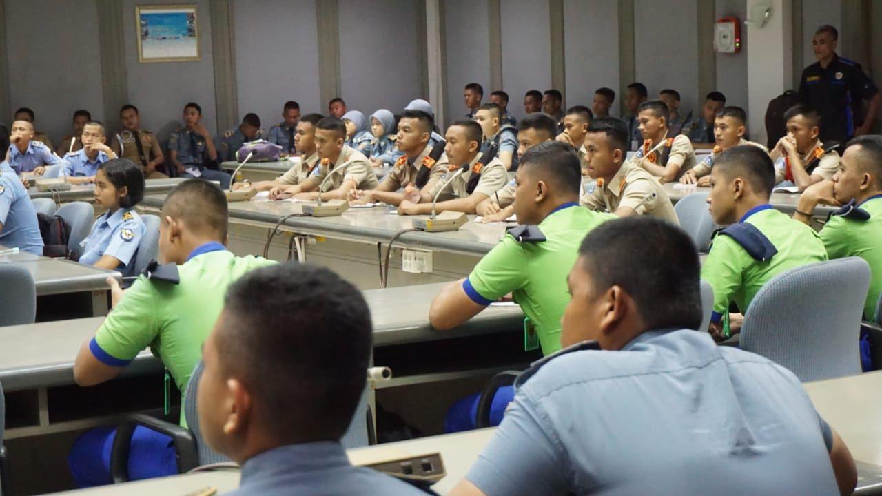 Tambah Wawasan Dunia Kerja, Siswa SMK AAG Adisutjipto Ikuti Praktek Kerja Lapangan