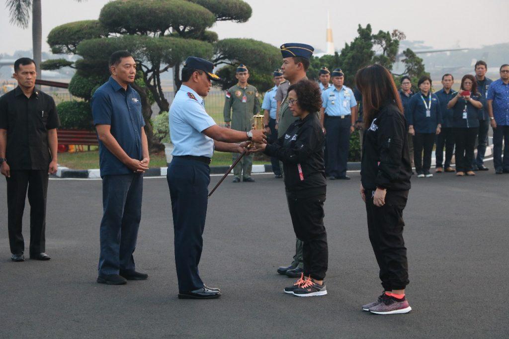 Pangkoopsau I Lepas Kontingan Penjemputan Obor Api Asian Games 2018