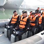Jadi Warga Kehormatan Kapal Selam, Kasau Terima Brevet Hiu Kencana