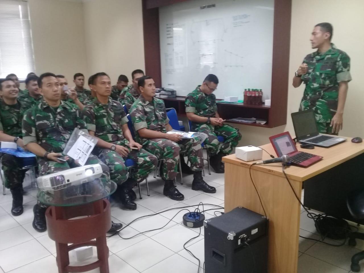 Air Crew Lanud Halim Perdanakusuma Ikuti Ceramah Kesehatan Tentang HNP
