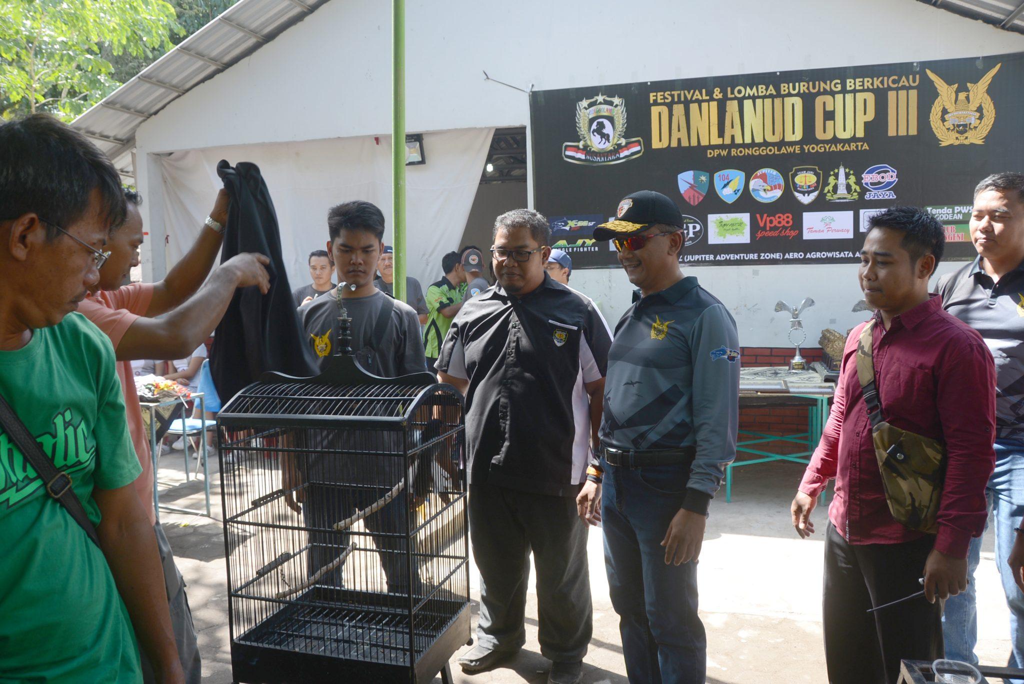 Festival dan Lomba burung berkicau Danlanud Cup III diselenggarakan di Lanud Adisutjipto