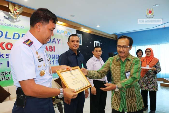 Wingdikum Raih Predikat Satker Terbaik dari KPPN Bogor
