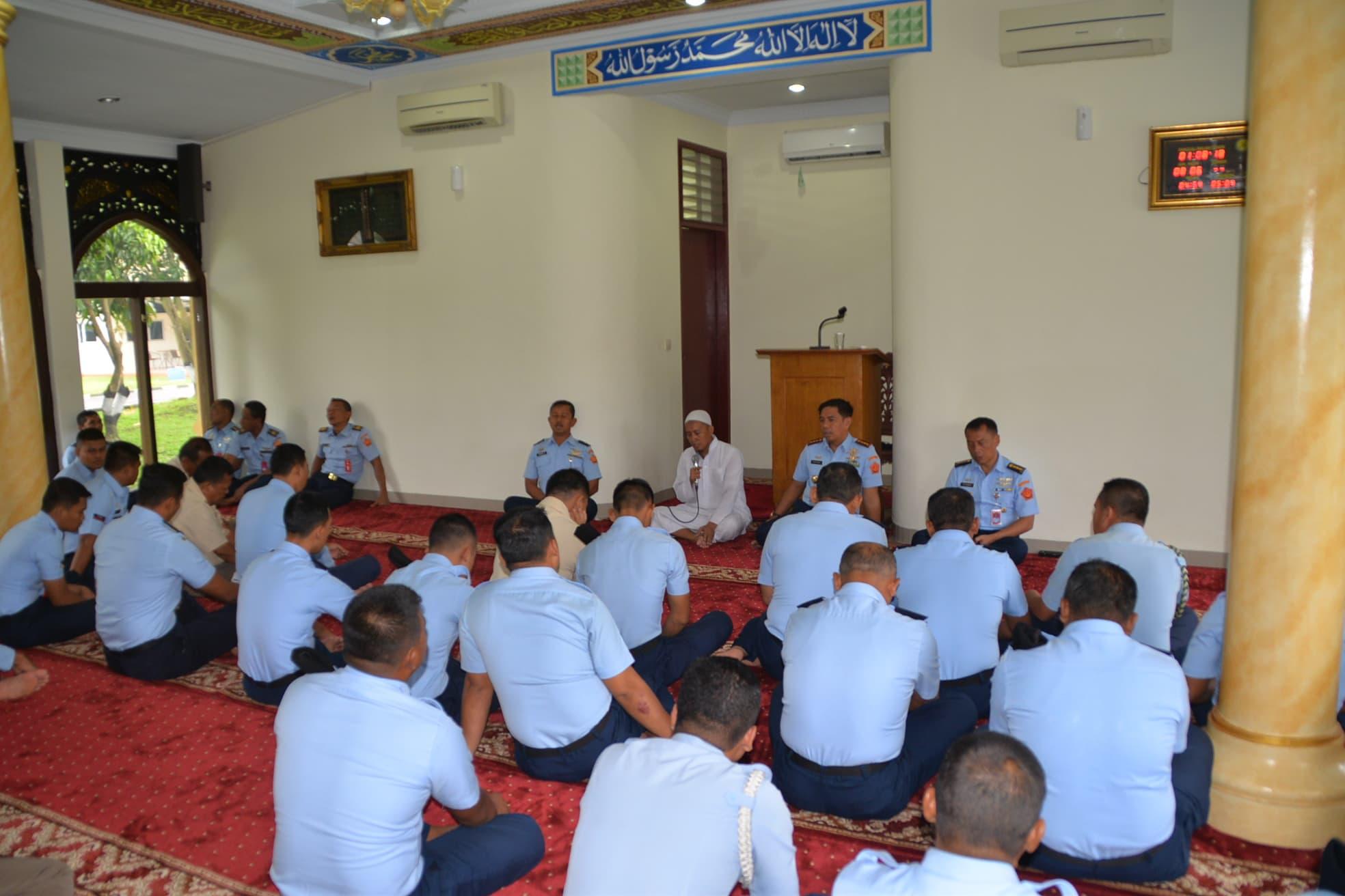 Ceramah Agama Ratiban Haji (Walimatussafar) di Kosekhanudnas III