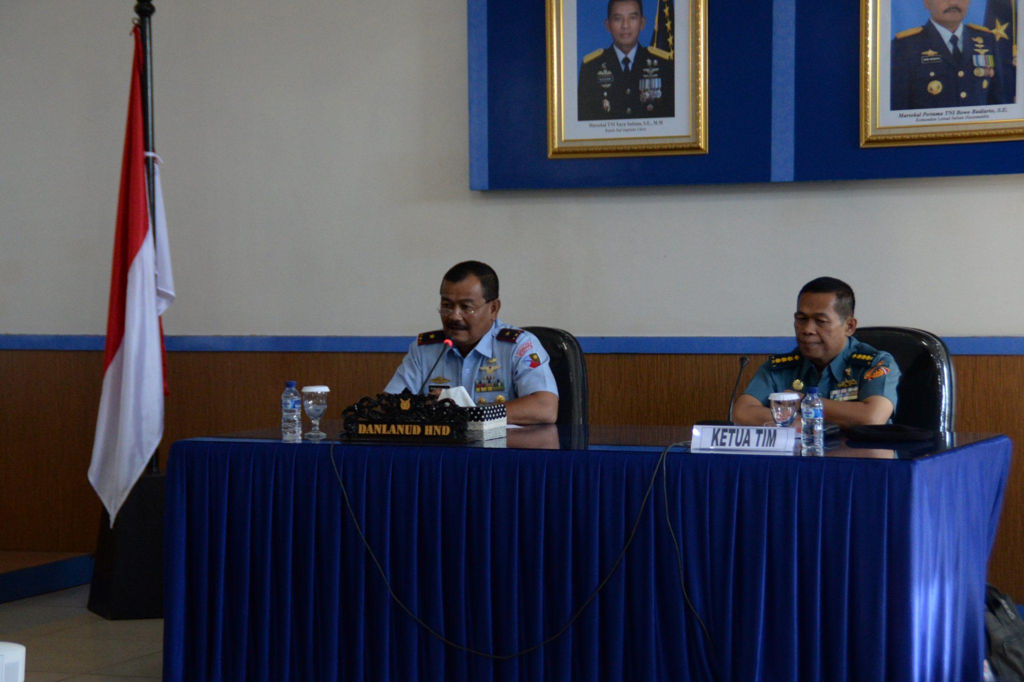 Penerimaan Wasrik Itjen TNI di Lanud Sultan Hasanuddin