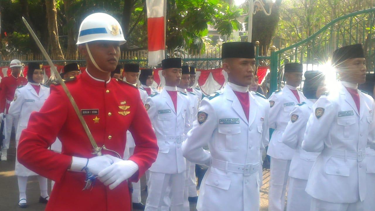 Letda Tek Berlin, Danpaskibra Kabupaten Bogor.